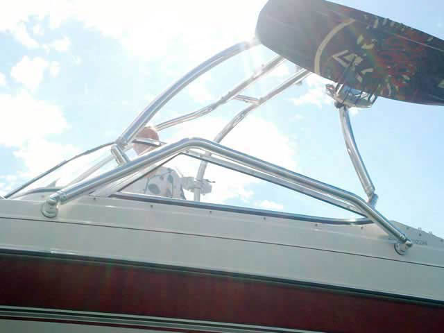 Airborne Tower wakeboard tower installed on 1995 Four Winns Horizon 200 boat