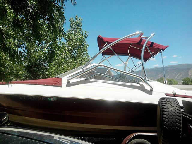 Airborne Tower wakeboard tower installed on 1994 Maxum 2300sr boat