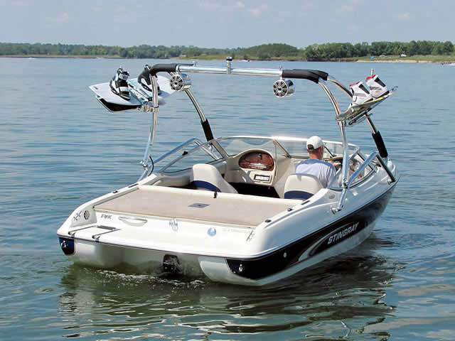 Airborne Tower wakeboard tower installed on 2001 Stingray 190 FS boat