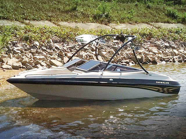 Ascent Tower wakeboard tower installed on 2000 Crownline 202 boat