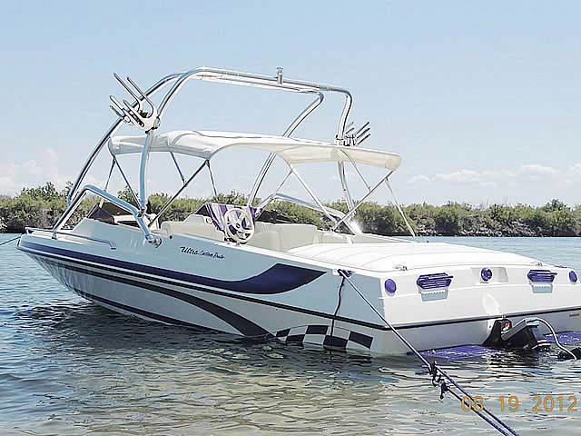 Wakeboard Tower for 2001 Ultra Custom 21' installed on 08/22/2012