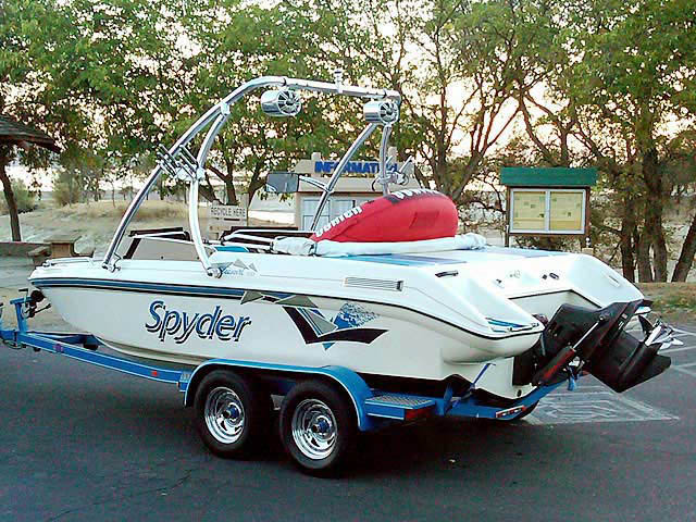 Wakeboard Tower for 1993 Seaswirl Spyder 188 installed on 06/25/2013