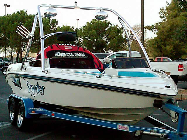Ascent Tower wakeboard tower installed on 1993 Seaswirl Spyder 188 boat