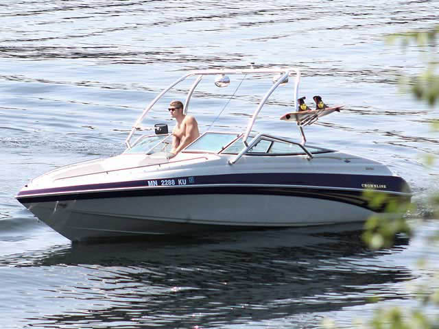 Airborne Tower wakeboard tower installed on 2000 Crownline BR 266 boat