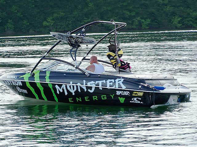 Assault Tower wakeboard tower installed on 2000 Glastron GSX205 boat