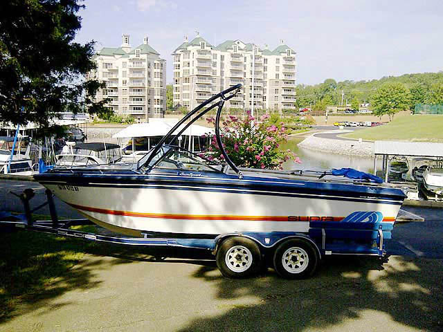 Wakeboard Tower for 1986 Supra Sunsport installed on 08/05/2013