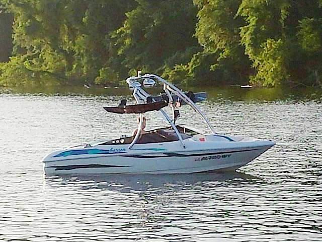 Ascent Tower wakeboard tower installed on 1997 Larson Flyer 176 boat