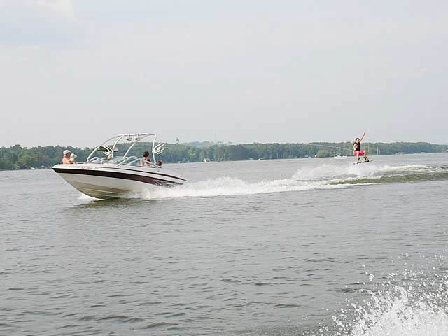 Airborne Tower wakeboard tower installed on 2006, Blue Water 2150 boat