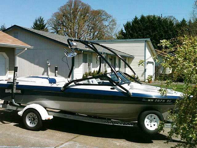 Airborne Tower wakeboard tower installed on 1995 Blue Water Mirage boat
