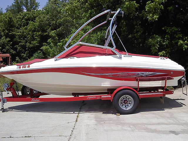 Wakeboard Tower for 2004 Rinker 192  installed on 07/10/2014
