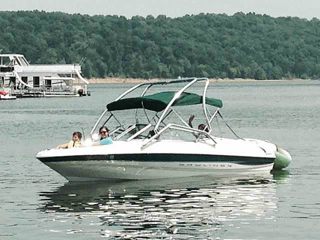 Wakeboard Tower for 2000 Bayliner Capri 1850 LX installed on 07/13/2014