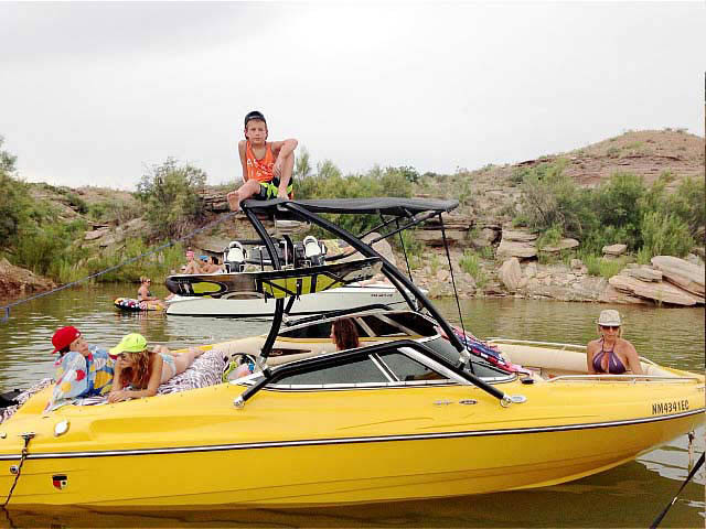 Wakeboard Tower for 2001 Mariah Z212  installed on 07/14/2014