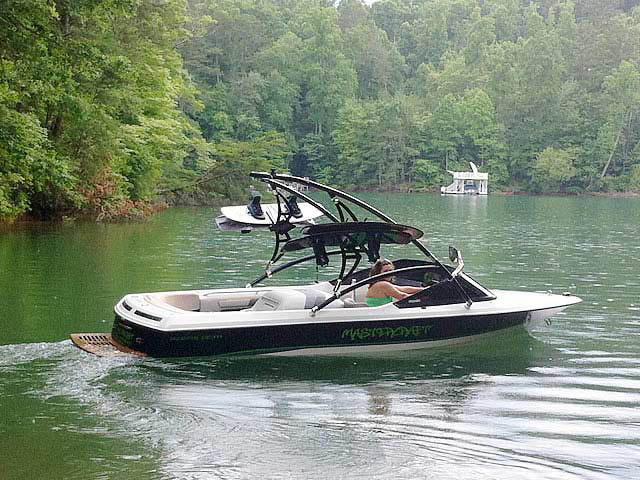 Assault Tower wakeboard tower installed on 1991 MasterCraft ProStar 190 boat